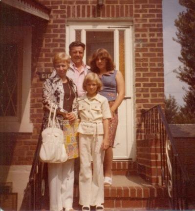 Aunt Agnes, Uncle Walter, Eileen & Linda